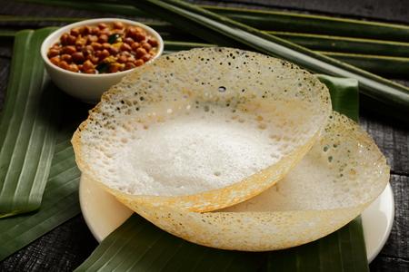 タミル料理-カダラカレー付きアパマ 写真素材