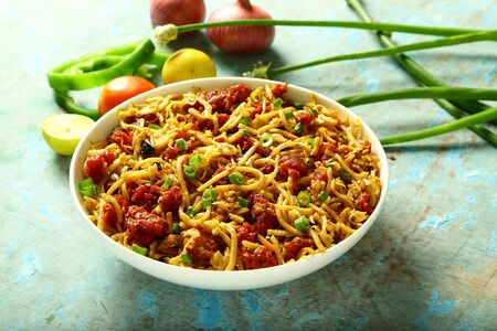 Delicious spicy pasta chicken noodles Foto de archivo