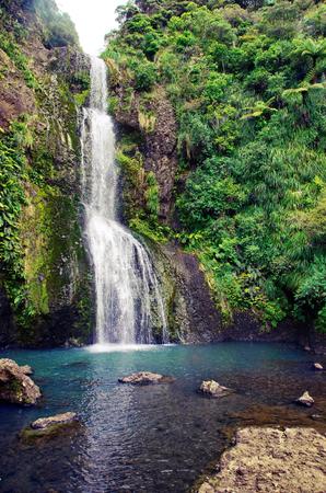Wunderbare Wasserfälle in Neuseeland. Kitekite fällt auf Südinsel von Neuseeland. Standard-Bild - 92024823