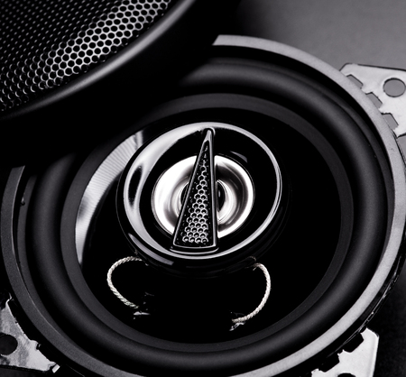 black audio speaker for car photo