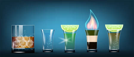 Set Of Vector Photo Realistic Shots. Whiskey, Vodka, Tequila, Burning Kamikaze, b-52 Cocktails. 免版税图像 - 151168887