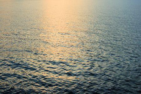 reflexion: la reflexión en el mar o la puesta del sol Croacia Foto de archivo