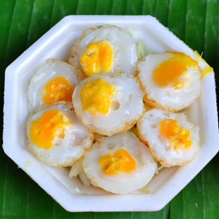 Fried quail egg Stock Photo - 11562282