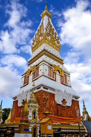 dyllic: Chedi Prathat Panom with cloud, at Nakornpanom province, northeastern of Thailand  Stock Photo