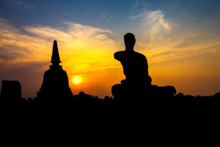 ruins is ancient: Silhouette ruins ancient with sunset at Wat Chang temple , Ayutthaya, Thailand