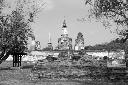 withe: Black and withe architecture Wat  Mahathat temple Ayutthaya, Thailand
