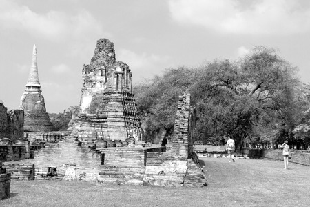 withe: Black and withe old pagoda Wat  Mahathat temple Ayutthaya, Thailand Stock Photo