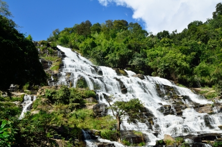 Mea Ya Waterfall, Doi inthanon , Chiangmai,Waterfall of Thailand  Stock Photo - 16899123