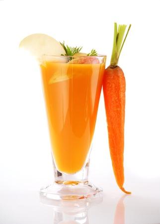 fruit juice: Succo fresco di carote  Archivio Fotografico