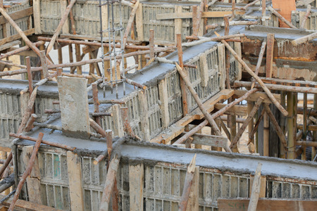 cement pole: cement pouring structure at construction house