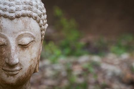 와트 umong, 치앙마이에서 부처님 동상 여행 태국 사원 북부 태국, 태국 스톡 콘텐츠