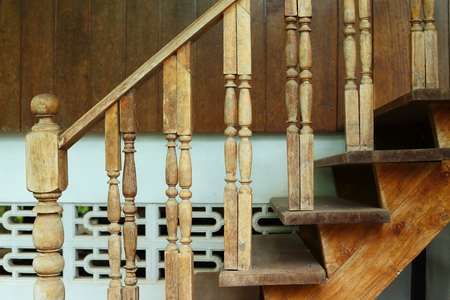 wooden balustrade and banister carve design of staircase Archivio Fotografico - 122654713