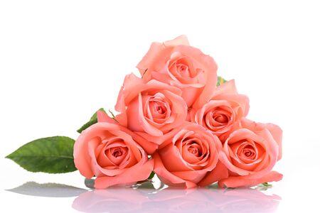 orange rose flower bouquet isolated on white background, beauty peach color tone Banco de Imagens - 137893755