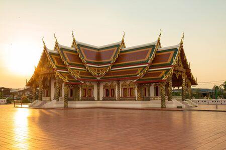 chum: Buddhist templeWat Phra That Choeng Chum Master royal monastery of Wat province.