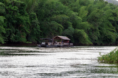 river rafting: Tourists gathered to watch nature in the river rafting. The tourist season in ThailandOn July 18, 2015 at Kanchanaburi. Editorial
