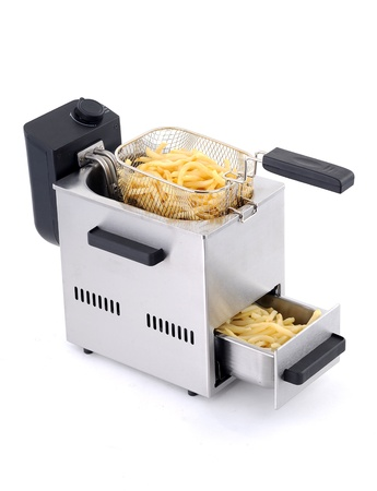 oven potatoes: French Fries in Fast Food in home