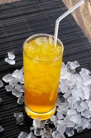 skoal: glass of apple juice