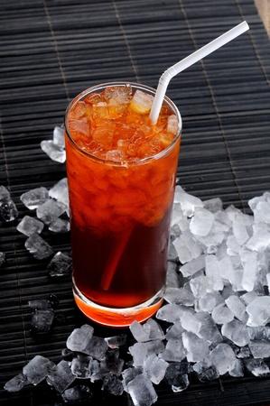 t� helado: La bebida dulce enfriado con hielo