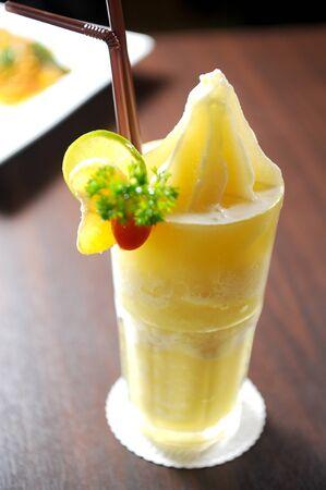 lemon smoothie photo