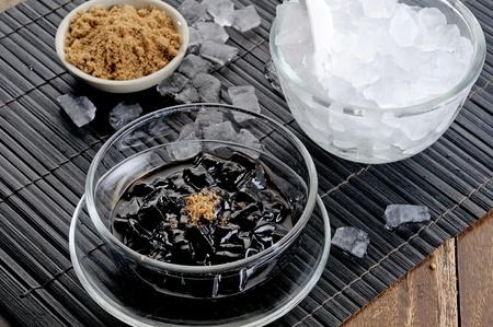 jack pot: negro con gelatina de miel Foto de archivo