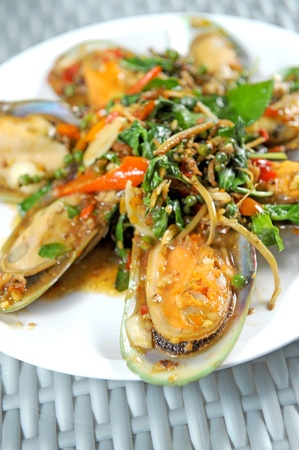Spicy mussel Basil photo