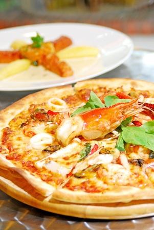 pizza seafood photo