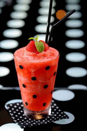 strawberry juice and frappe photo