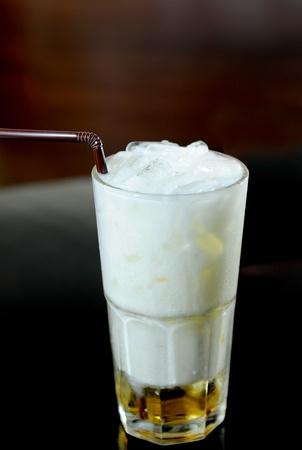 helados con palito: cóctel en la leche de coco