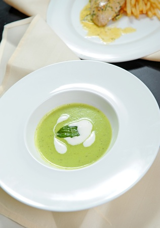 quick snack: green soup