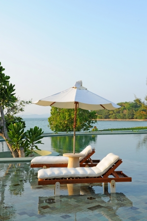 tropical swimming pool near the beach 版權商用圖片