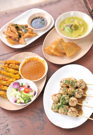 person appetizer: appetizers - thai food