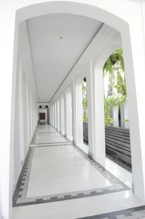 white walk way photo