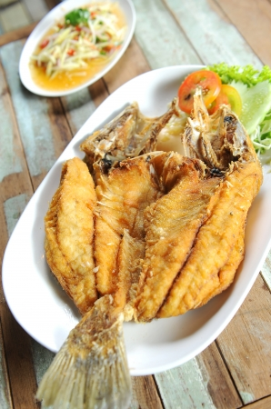 zander: fry fish served on plate  Stock Photo