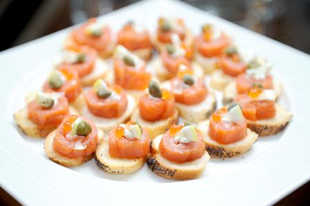 mini: salmon