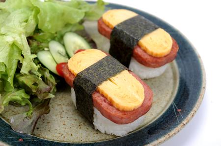 egg sushi - japan food