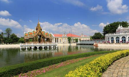 grand pa: Bang Pa-In Royal Palace in Thailand.