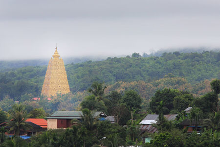 banian: Bodhgaya-style stupa at Wangvivagegaram Temple, Sangkhla Buri, Kanchanaburi Province , Thailand
