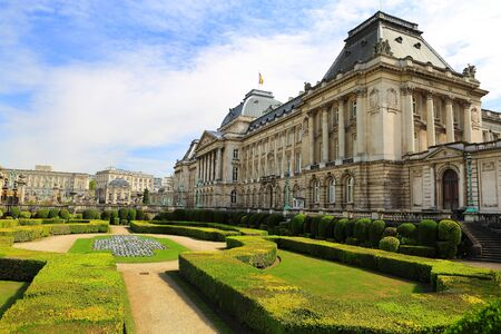 belgien: The Royal Palace in center of Brussels, view from Place des Palais, Belgium