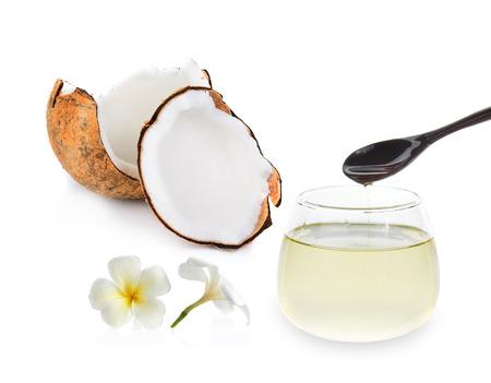 aceite de coco: aceite de coco aislado en blanco