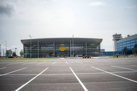 KHABAROVSK, RUSSIA - OKT 08, 2019: Khabarovsk the new airport terminal . Khabarovsk international terminal airport Stockfoto - 137609394