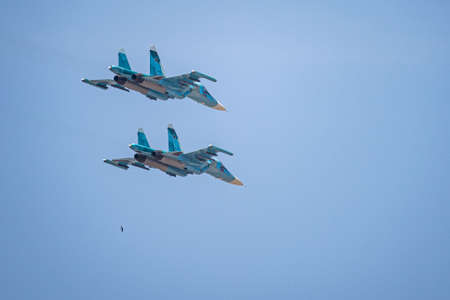 Russia, Khabarovsk - May 9, 2020: Su-34 front-line fighter-bomber . Parade in honor of victory. Military air parade in honor of Victory Day. Redactioneel