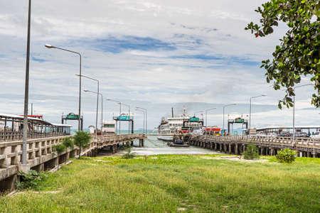 Thailand, Koh Samui May 20-2019 : sea ferries. crossing to Koh Samui. Ferry. Stockfoto - 147007282