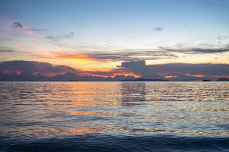 sunset on the sea on Koh Samui . beautiful clouds at sunset. Stockfoto