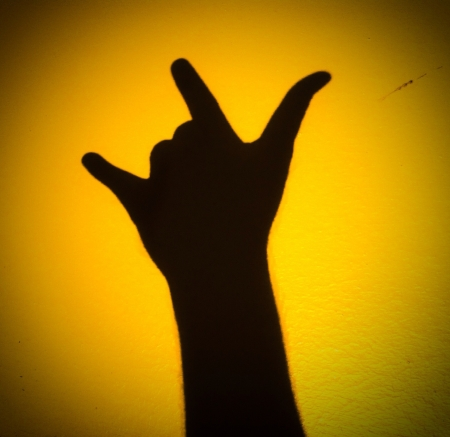 realtionship: Silhouette sign langugge