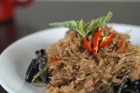starch: fried bean thread starch noodles stir basil with Minced pork
