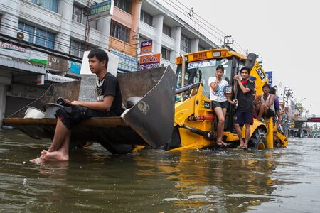 thailand flood: Nonthaburi flood in Thailand 2011-The lifestyle of people in massive flooding, Nonthaburi in Thailand, October 20, 2011 Editorial