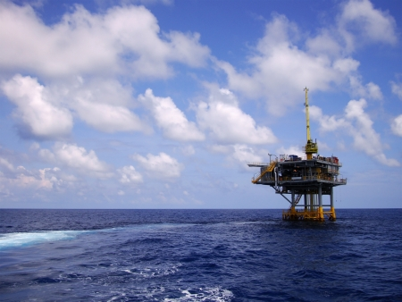 construction platform: Offshore Production Platform in the Middle of Sea for Oil and Gas Production
