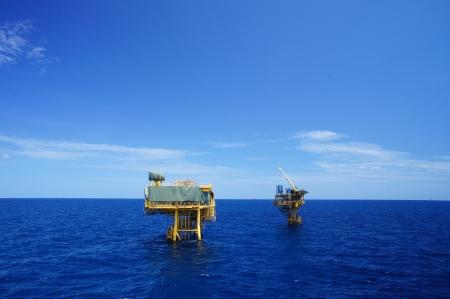 oil  rig: Piattaforme di produzione offshore di petrolio e Gas Development (industria petrolifera) Archivio Fotografico