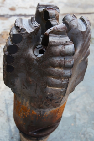 'rig out': Badly Worn and Ring Out PDC Drilling Bit  Damaged bit  Just Pulled Out of Hole