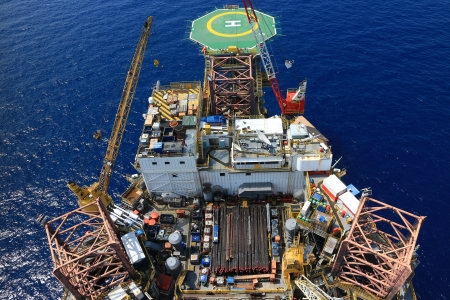 oilrig: Top View of Offshore Drilling Rig Towards The Helideck